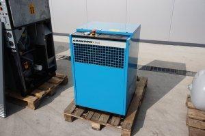 sprezarka srubowa kompresor compair 8kw 100 m3